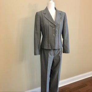 Tahari Jackets & Coats - Tahari pantsuit pinstripe lined structured blazer